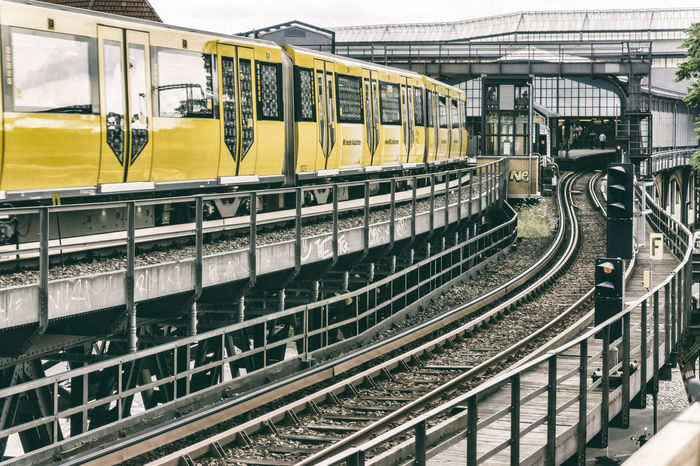 Elevated yellow train at Gleisdreieck Station Berlin Germany 🇩🇪 Deutschland Horizontal Color Image Day Elevated Train Gleisdreieck Nature No People Outdoors Public Transportation Rail Transportation Railroad Track Railway Station Station Train - Vehicle Transportation Yellow