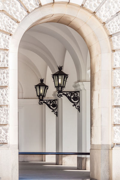 lantern in old buildings Gewölbe Latte Light Arch Architecture Black And White Bogen Building Built Structure Day History Indoors  Lampen Lantern Festival No People Old