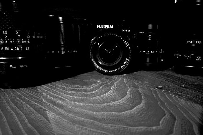 Close Up Technology Reflection Fresh On Eyeem  FUJIFILM X-T2 Black And White Collection  Technic Equipment Setup Low Light Photography Low Key Black Wood HuaweiP9 Lenses Close-up Indoors