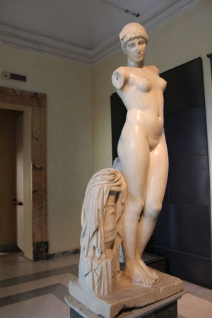 Angel Architecture Art And Craft Built Structure Craft Creativity Day Female Likeness Fine Art Statue History Human Representation Indoors  Male Likeness Mannequin Museum No People Representation Sculpture Statue The Past