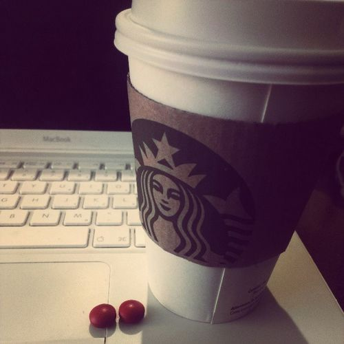 Please remind me how studying is good for me? Headach Tired Studying WantToSleep consumerbehaviourstarbucksAdvilweh11thhour