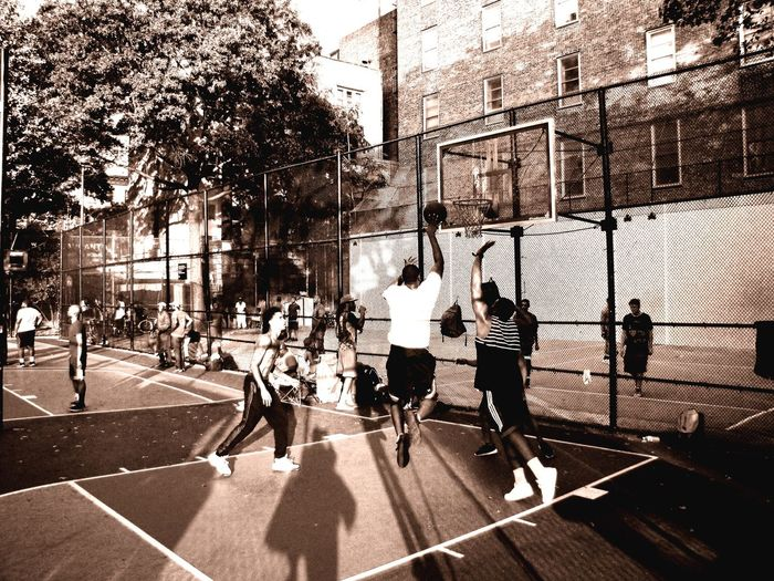 sport and the city Friends Basketball Group Of People Real People Sunlight Shadow Men Crowd Summer Sports Day City Street City Life Group Lifestyles Architecture Outdoors