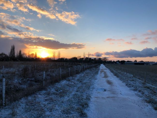 The sun and snow. Sunset Snow Cold Temperature Winter Nature Sky Tranquil Scene Beauty In Nature