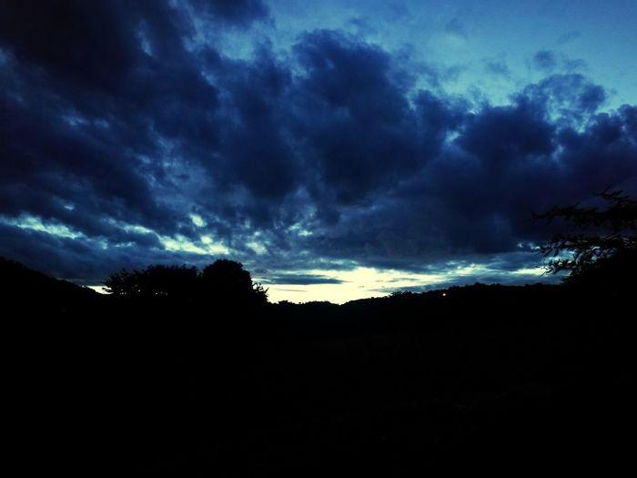 Amanecer Thunderstorm Lightning Astronomy Tree Adventure Sky Landscape Cloud - Sky