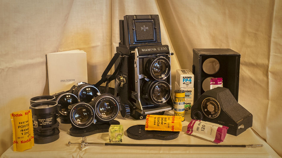 Going Bigger 120Film 120mm Bubble Level C330 Camera Film Lens Mamiya Medium Format No People Shutter Release Still Life Twin Lens Reflex