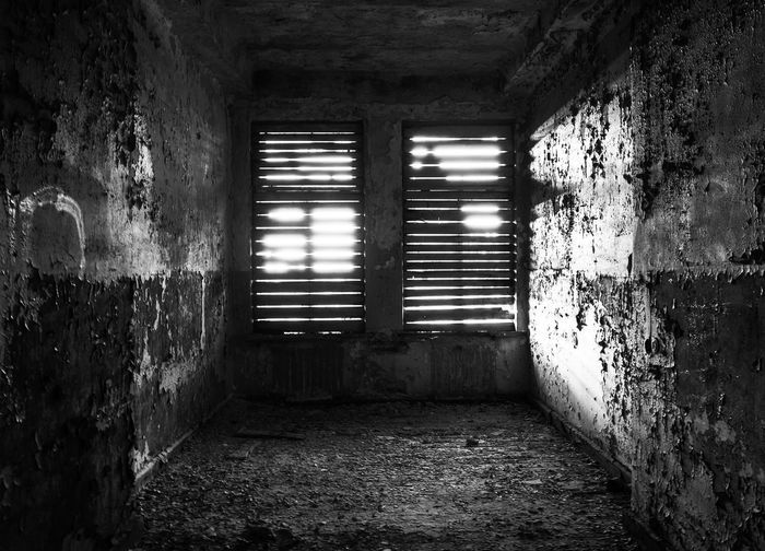.. empty Black & White Dark Room Abandoned Architecture Built Structure Damaged Empty Road Indoors  Lights And Shadows Old Old Painted Wall Windows EyeEmNewHere