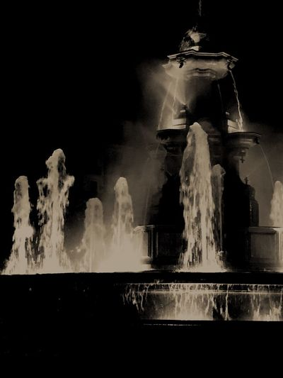 Night Source Of Water Tranquil Scene Scenics Image The Week On EyeEm Architecture Statue Streetphotography City Life Nightphotography Statue No People Sculpture Long Exposure Outdoors Illuminated Water
