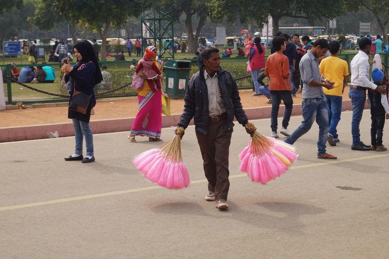 Seller #oldmanseller #indiagate #Indianpeoples Men Women Togetherness Crowd