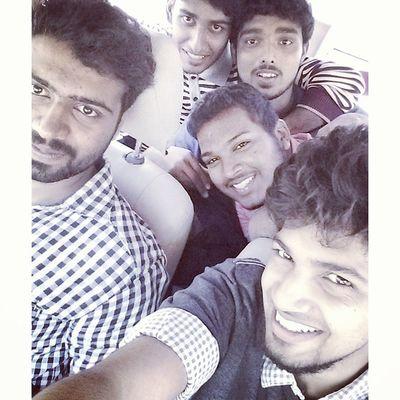 En_route Thenmala College Friends Arkies Tripping DAY_1
