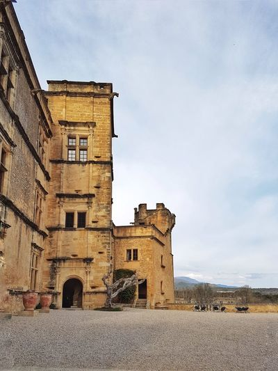 Provence Lourmarin Castle Luberon Sky Architecture Building Exterior Built Structure Castle Fortified Wall