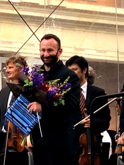 Kirill Petrenko Schlüterhof Konzert Berliner Philharmoniker Humoldt Forum Berlin Schlossbaustelle Berlin Photography Berliner Schloss Berlin Men Real People People Happiness Emotion Event Music