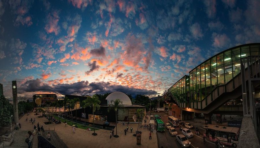 Exhaltacion EyeEmNewHere Cloud - Sky Sky Night Sunset Outdoors Built Structure Architecture No People Colour Your Horizn