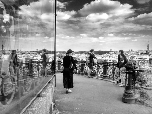 Blackandwhite Blackandwhite Photography Streetphotography Streetphoto_bw Mirrored Bwphoto Bwphotography Clouds Clouds And Sky Walking Around