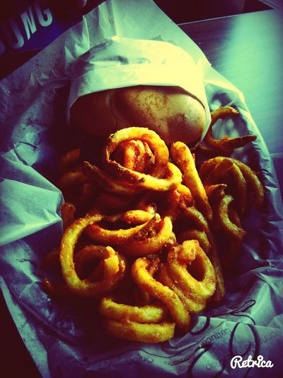Nom Nom Nom. Hardees Foodporn CurlyFries Retrica