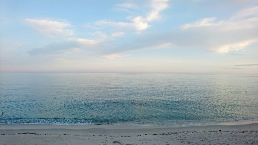 Beach Summer Is Comming Sea Great Afternoon Beautiful Nature Blue Blue Sea Beg Meil Fouesnant Bretagne Bretagnetourisme France Seascape Vastness Call For Travel