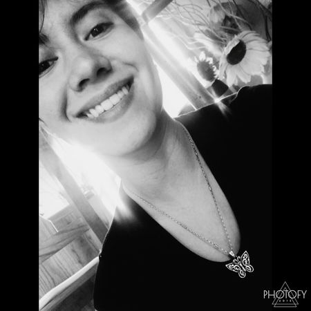 Blackandwhite Blackandwite Blancoynegro Smiling Hi! Black & White