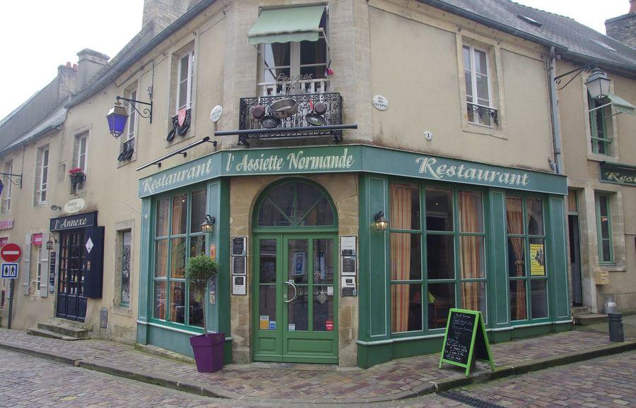 France Frankreich ♥ Normandie Architecture Building Exterior Built Structure Day No People Normandy Outdoors Restaurant Steinhaus Window