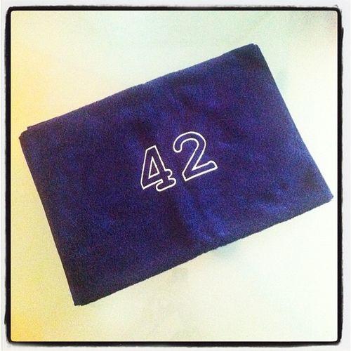 Moin Moin! Ich hoffe ihr habt alle euer Handtuch am Start, denn heute ist #Towelday! #42 42  Towelday