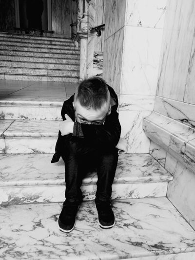 One Person Child Real People Day Full Length Sitting Alone Sitting On The Stairs Dont Look At Me Victoria & Albert Museum Black & White Welcome To Black Long Goodbye Fresh on Market 2017