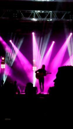 Tiago Iorc 💙🎤🎶🎸 Performance Music Event Night Illuminated TiagoIorc