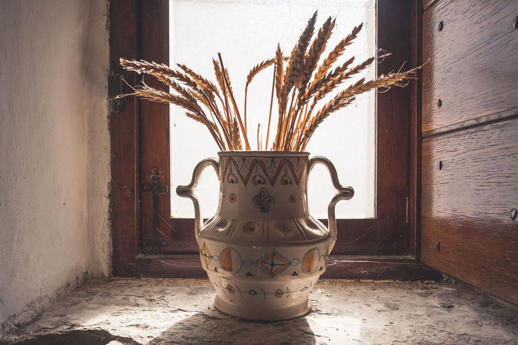 Alberobello... Backlight EyeEmNewHere Wheat Country House Countryside Home Interior Indoors  Jar No People Window