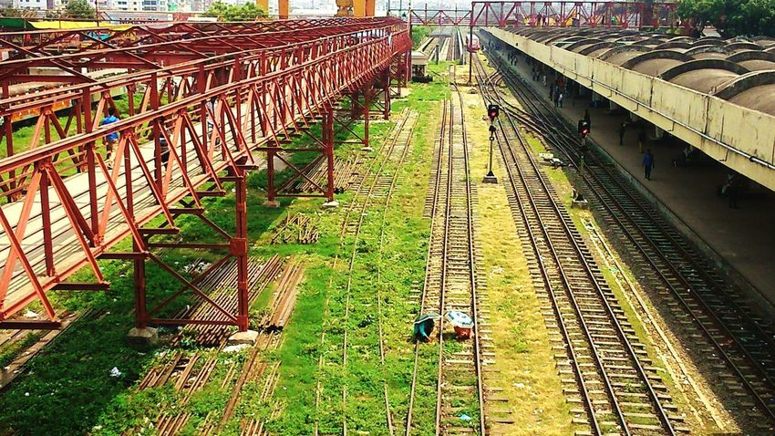 BYOPaper! The Street Photographer - 2017 EyeEm Awards The Great Outdoors - 2017 EyeEm Awards Railroad Track Architecture Built Structure Extreme Weather Outdoors Full Length Outdoor Photography Scenics City Bangladesh 🇧🇩 Travel Destinations Railway Station Platform
