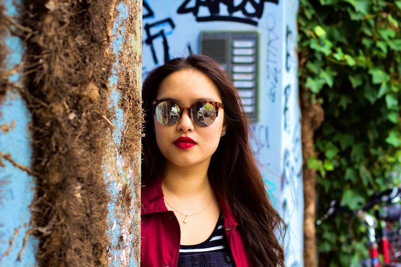 We don't see things as they are. We see them as we are! Front View One Person EyeEmNewHere Gameoftones Urbanphotography Streetphotography Sunglasses Portrait Colors Colorful Live For The Story