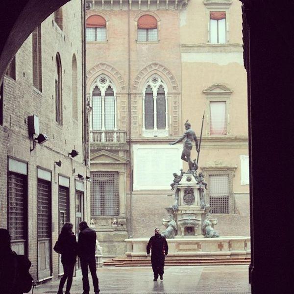 Nettuno Piazzamaggiore PiazzaDelNettuno Bologna Italia Italy Gloomyday