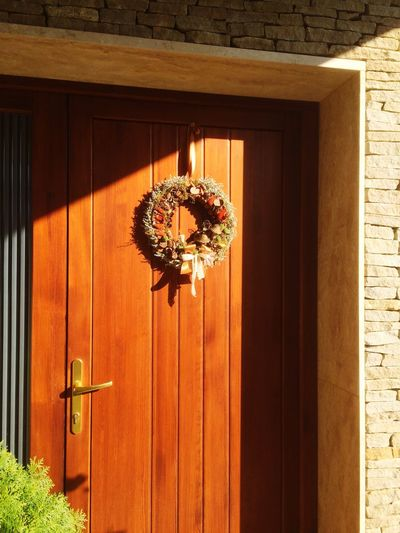 Sunny door Wooden Door Wood And Stone Stone Wall Modern Architecture Modern House