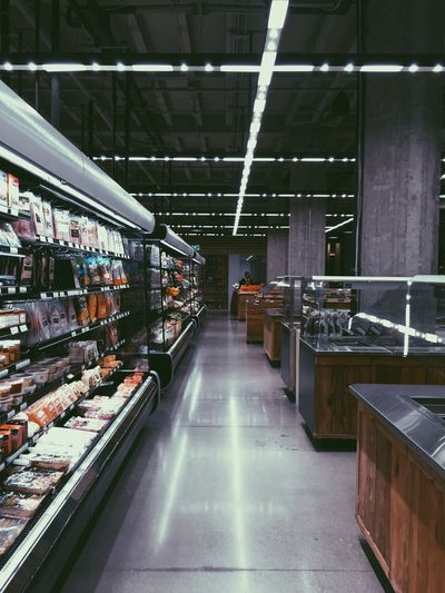 The grocery store underneath Twitter is almost too nice. Twitter Grocery Shopping Supermarket