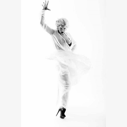 Model @marielnoir Mua Hair @zennahodge Woman Portrait Photography Art Artnude Inspiration Interesting Laphotographers Voir Light Shadows BeautyParts Women Beautiful Noir Blackandwhite Monochrome Bw Fashion Style