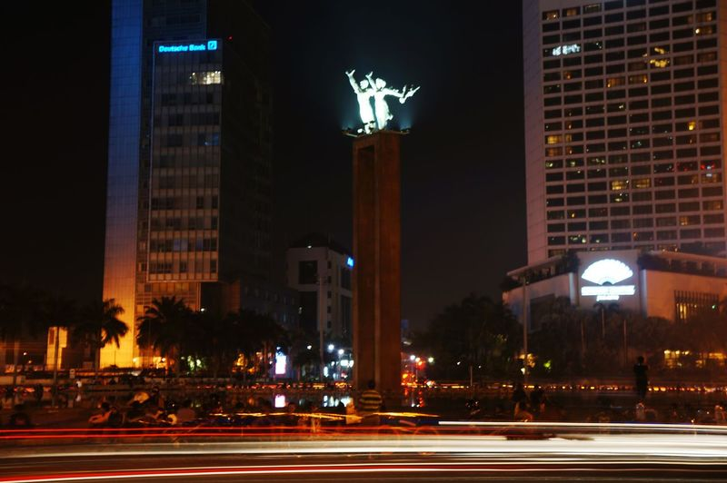 tugu selamat datang jakarta Selamat Datang Jakarta Tugu Tugu Selamat Datang Night Illuminated City Statue Politics And Government Architecture Government Sculpture Politics Cityscape Building Exterior Travel Destinations Outdoors History Downtown District No People King - Royal Person Colour Your Horizn Mobility In Mega Cities
