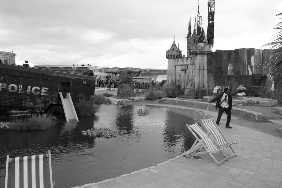 Art Exhibition Banksy Black & White Black & White Photography Black And White Cloud - Sky Deck Chairs Dismaland Outdoors Police Van Tropicana Water Weston Super Mare Weston-super-mare Blackandwhite Black And White Photography Blackandwhite Photography Black&white Blackandwhitephotography Gloomy Gloomy Day Gloomy Weather Dismaland®