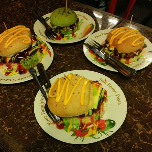 Burger daging rusa cheese Photo Photooftheday