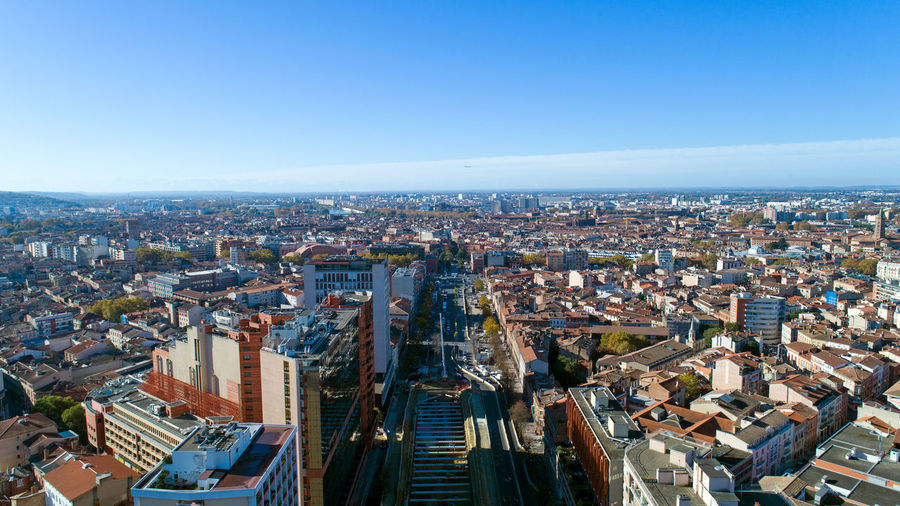 Aerial photo of Toulouse city center in Haute Garonne, France Drone Shot EyeEm Best Shots EyeEm Selects France Panorama The Week On EyeEm Urban Scene Aerial Photography Aerial View Architecture Blue Building Exterior City Cityscape Clear Sky Day Haute Garonne High Angle View Jean Jaures Sky Skyscraper Street Toulouse Travel Destinations Urban Skyline