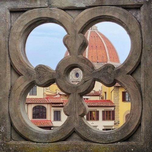 Art overdose Firenze Duomo Duomo Di Firenze Art City Sky Close-up Architecture Sculpture Geometric Shape Historic Architectural Feature Architectural Design Architecture And Art Architectural Detail