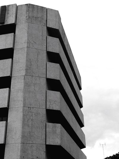 Architecturelovers Low Angle View Architecture Built Structure Building Exterior Lines Shapes And Curves Forms Architecture_collection EyeEm Phillipines EyeEm Gallery The Week On EyeEm