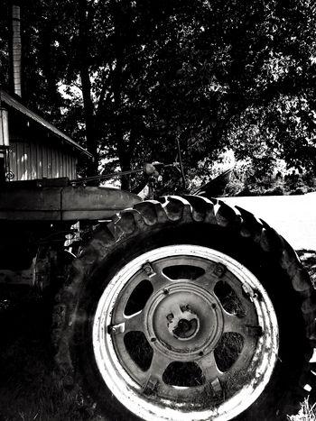 IPhoneography Monochrome Blackandwhite Tractor Transportation Circle Geometric Shape Metal Close-up Wheel