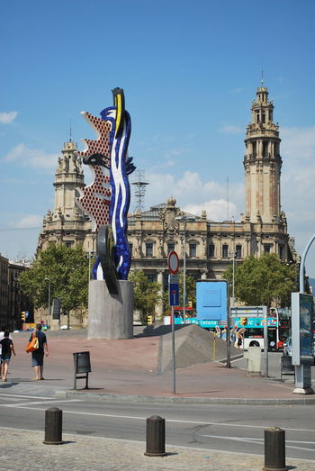 Adult Adults Only Architecture Barcelona Barcelona, Spain Building Catalonia Catalunya City Cityscape Day Large Group Of People Outdoor Photography Outdoors People Sky SPAIN Statue Tourism Tourist Travel Travel Destinations Urban Road Urban Skyline Vacations