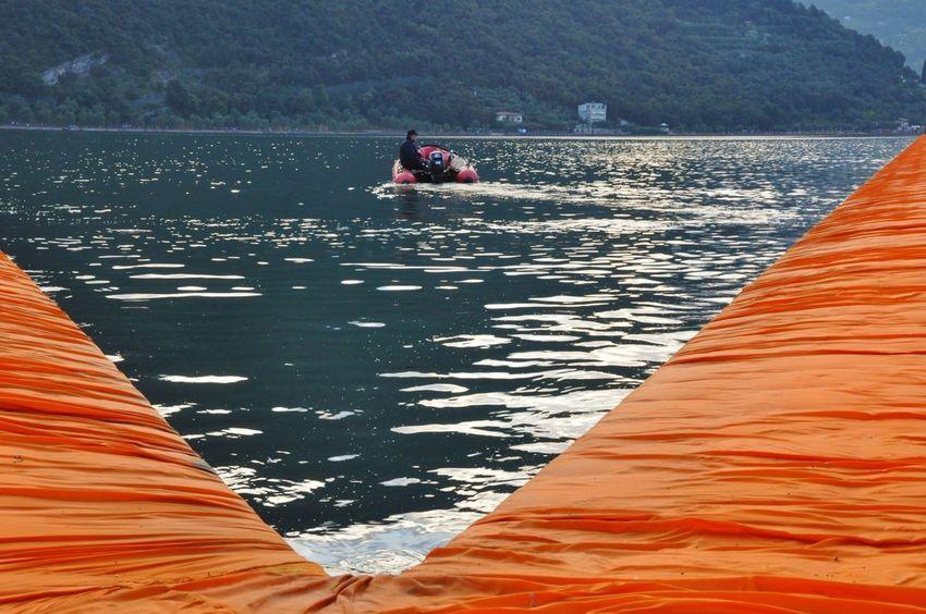 Safrangelb Saffron Christo & Jeanne-Claude Christo And The Floating Piers Christo Sulzano Floating Piers Lago D'Iseo Zodiac