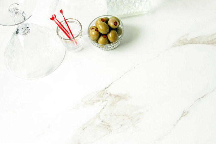 Cocktails for two Alcohol Bar Border Chic City Lifestyle Cocktails Dinner Party Drinks Elegant Food And Drink Frame Hearts Holiday Ingredients Marble Martini Modern Olives Overhead Overlay Reception Template Valentines Day Wedding Party