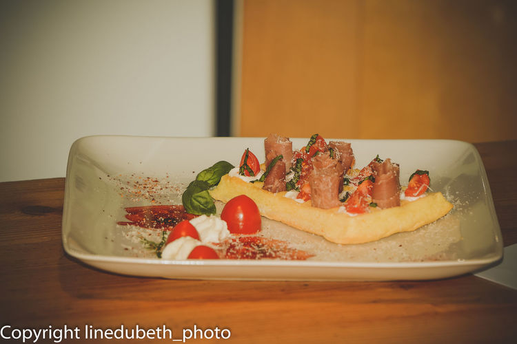 Appetizer Cooked Dessert Food Food And Drink Freshness Gauffre Indoors  Indulgence Lunch Meal No People Ready-to-eat Serving Size Temptation Tomate Tomate Cerise Tray Unhealthy Eating