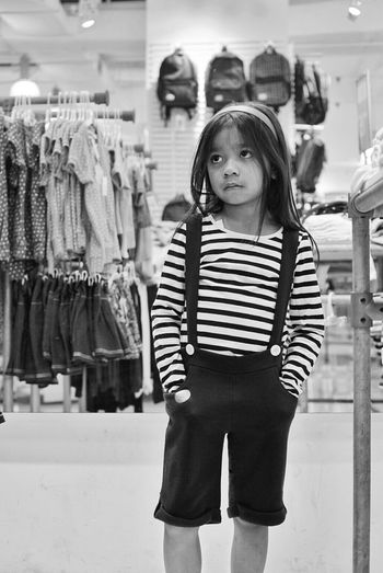 Portraitist - 2016 Eyeem Awards Potraitist Portrait Black And White Fresh On Eyeem  EyeEm Gallery Agoesalwie Alifgawausin Faces People Urban Photography Human Interest Urban Lifestyle The Portraitist - 2016 EyeEm Awards