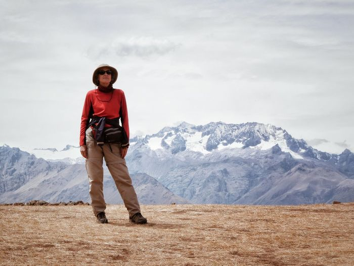 My Wife Traveling Andes Mountains Peru Enjoying Life VSCO Vscocam Mirrorless Edge Of The World