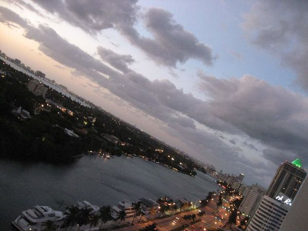 Cloud - Sky City Sky Outdoors Built Structure Travel Destinations Architecture Cityscape No People Illuminated Nature Night Miami, FL Ocean View No Filter Adapted To The City Miami Heaven 🇺🇸☀️FL Miami FL Usa 🇺🇸☀️