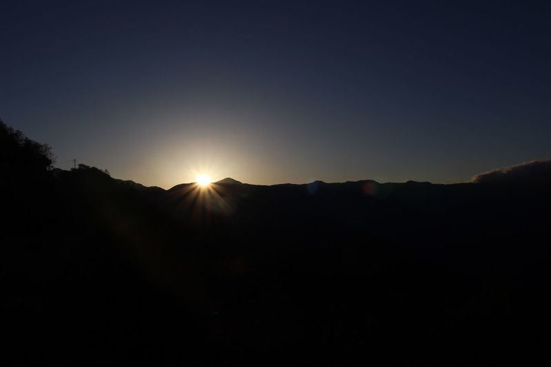 dawn Early Bird Scenics Mountain Outdoors Beauty In Nature Clear Sky Sky No People Tranquility Landscape Nature Sun Sunset Silhouette Dawn Dawn Of A New Day Cold Mountains Diamond