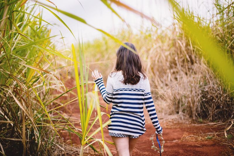 Q is for Quest. Finding new roads. Showcase March Candid Farm Sugarcane Grass Nature Natural Portrait Of A Woman Leaf Countryside Peace Walking