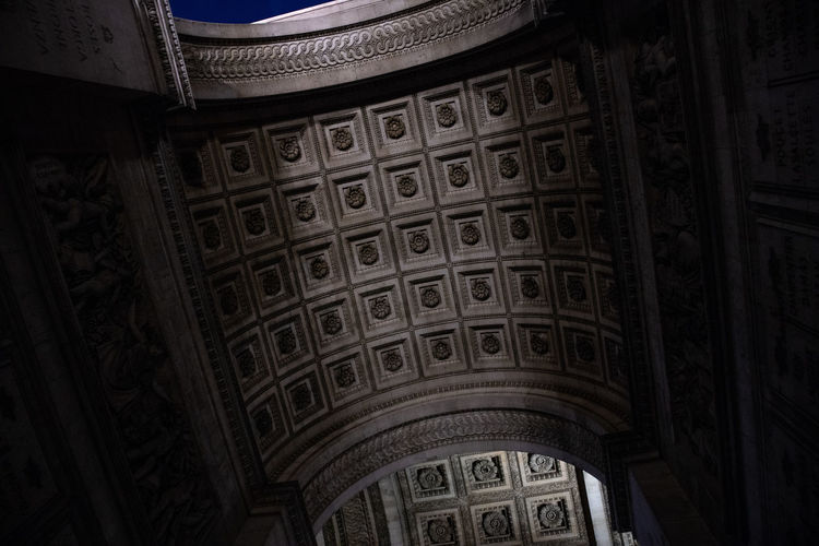 Arc De Triomphe Arch Architecture Architecture And Art Art And Craft Building Built Structure Ceiling Craft Day Design History Indoors  Low Angle View No People Ornate Pattern Religion The Past Tourism Travel Travel Destinations