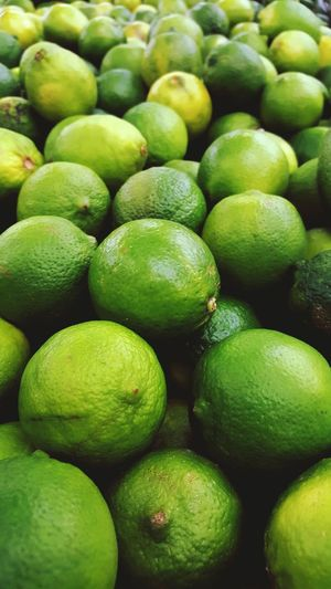 Color Palette Food And Drink Food Healthy Eating Retail  Close-up Selective Focus Healthy Lifestyle Freshness Two Is Better Than One Taking Photos Samsungphotography Samsung Galaxy S6 Edge Fruit Fruits Fruit Photography Limes Limegreen Green Round Round Shape Beautifully Organized