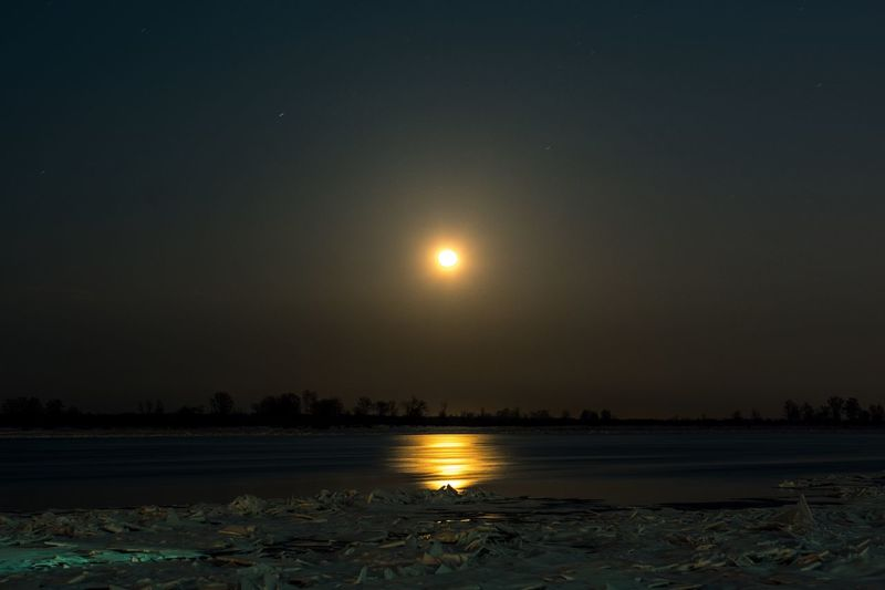 ... Moon Night Sky Scenics Beauty In Nature Nature Illuminated Tranquil Scene Sunset Astronomy Tranquility Outdoors Winter Water No People Cold Temperature Snow Moonlight Lake Star - Space